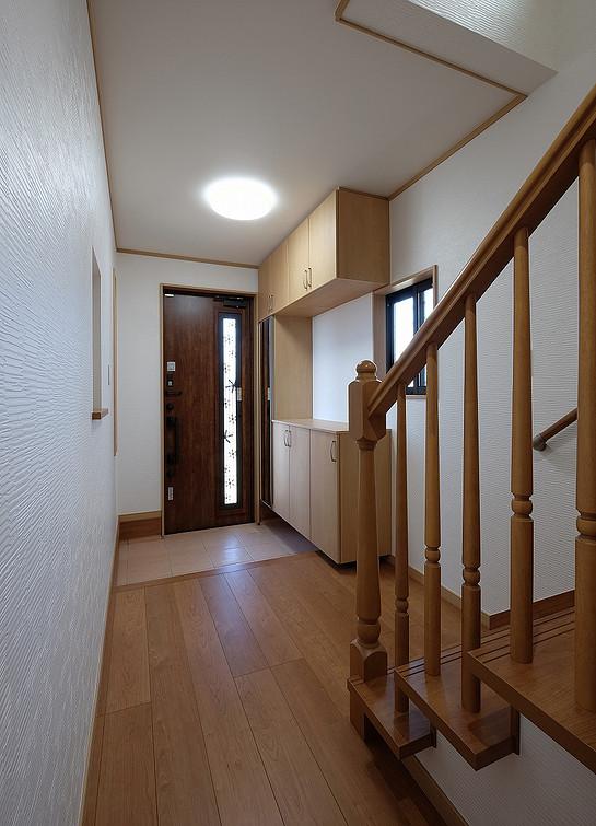 玄関 / 廊下